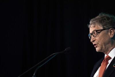 Μπιλ Γκέιτς: Ο κόσμος θα επανέλθει στη φυσιολογική του ζωή ως το τέλος του 2022
