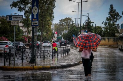 Καιρός: Νεφώσεις, τοπικές βροχές και πτώση θερμοκρασίας   LiFO