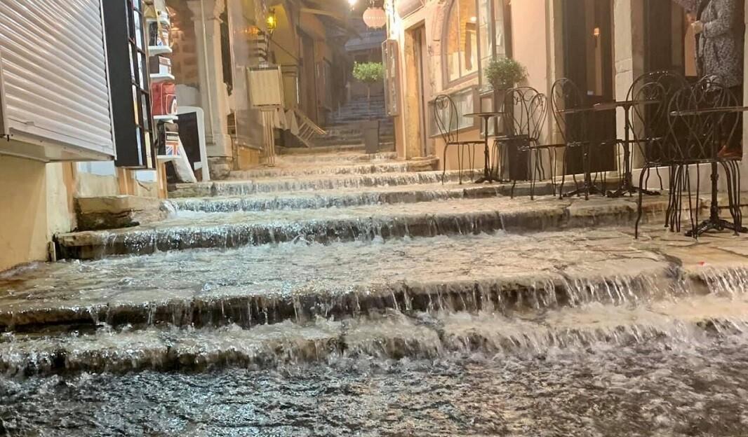 Καιρός: Πλημμύρες στην Κέρκυρα - Πώς θα κινηθεί η κακοκαιρία   LiFO