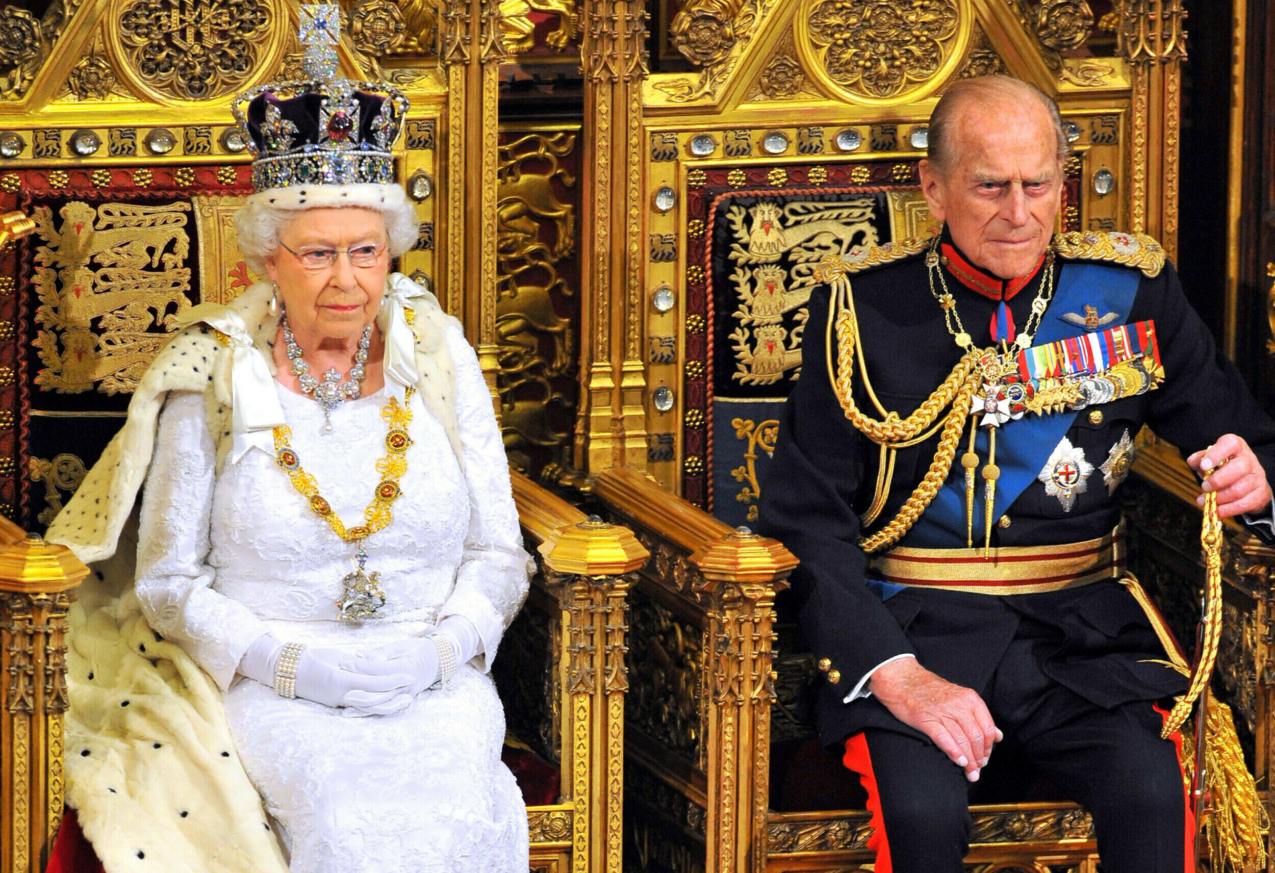 Πρίγκιπας Φίλιππος: Η αμύθητη περιουσία που άφησε πίσω του - Ποιος θα την  κληρονομήσει | LiFO