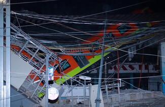 Μεξικό: Νεκροί και τραυματίες μετά την πτώση τρένου από γέφυρα - Βίντεο ντοκουμέντο