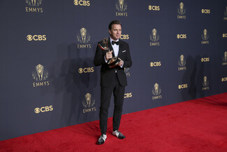 Emmy 2021: The Crown, The Queen's Gambit και Ted Lasso οι μεγάλοι νικητές