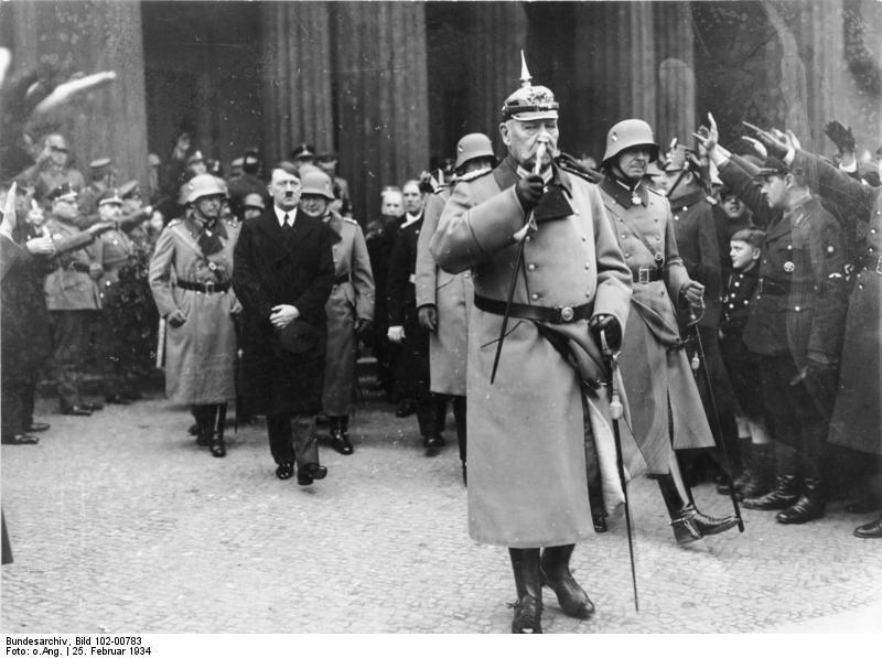 Χίντεμπουργκ-Χίτλερ