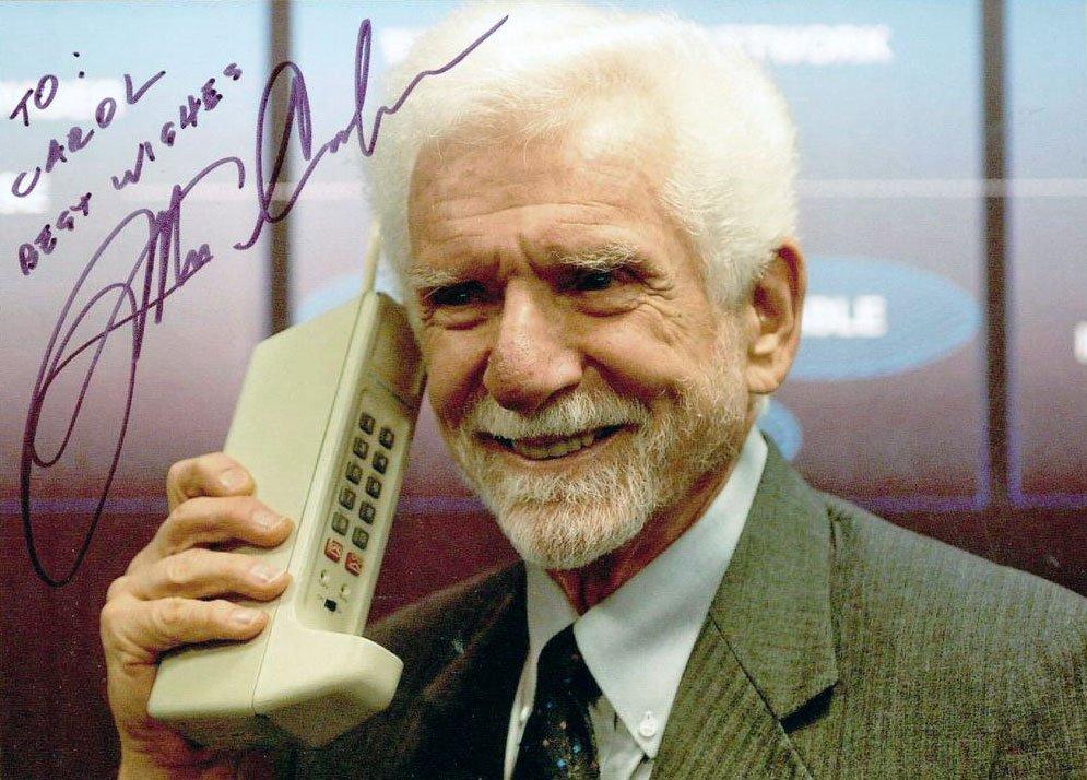 Η πρώτη τηλεφωνική κλήση σε απευθείας σύνδεση dating